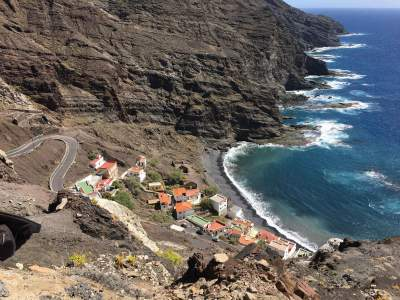 The beacht of Alojera in La Gomera