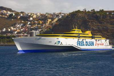 The ferry Fred Olsen goes from Tenerife to La Gomera